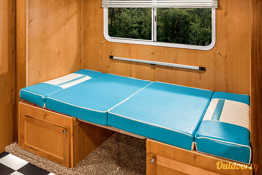New Whitewater Retro Trailer at Best Las Vegas Campground... Oasis RV Resort !!! Las Vegas, Nevada