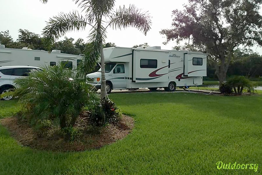 exterior Forest River Sunseeker Cape Coral, FL