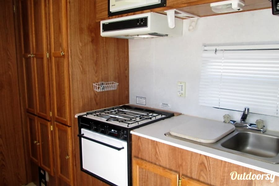 interior 1998 Thor Motor Coach Tahoe Littleton, CO