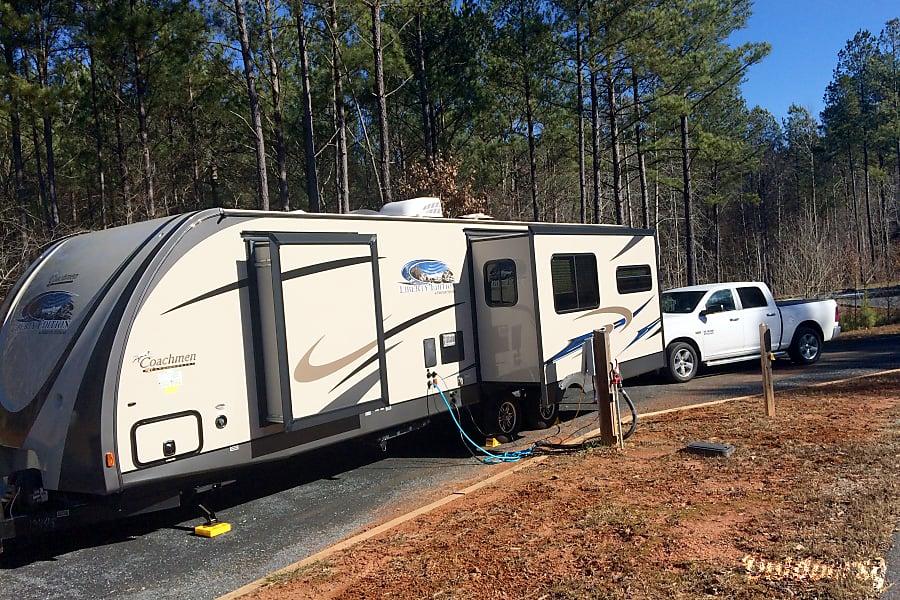 2014 Coachmen Freedom Express McDonough, GA