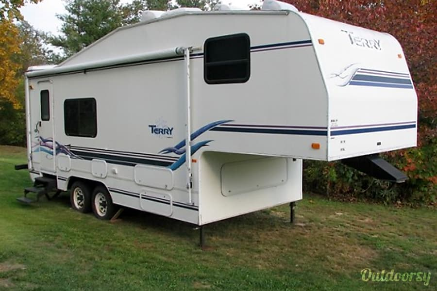 2002 Terry 24' 5th Wheel Hopedale, OH Just a General photo of the unit. Its in outstanding condition especially given we only use it a few weeks out of the year. More photos upon request.