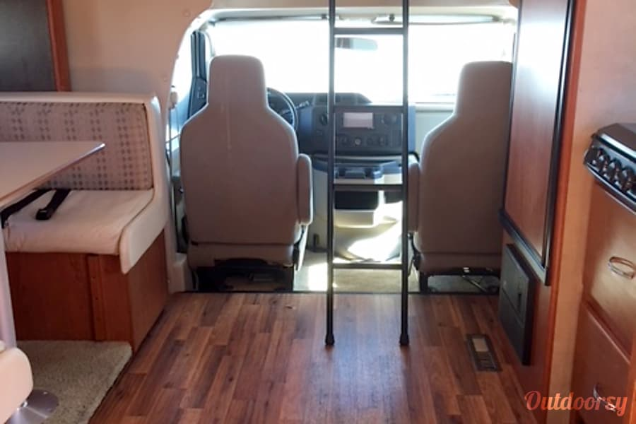interior CG9484 2012 Holiday Rambler Aluma-Lite Riverside, MO