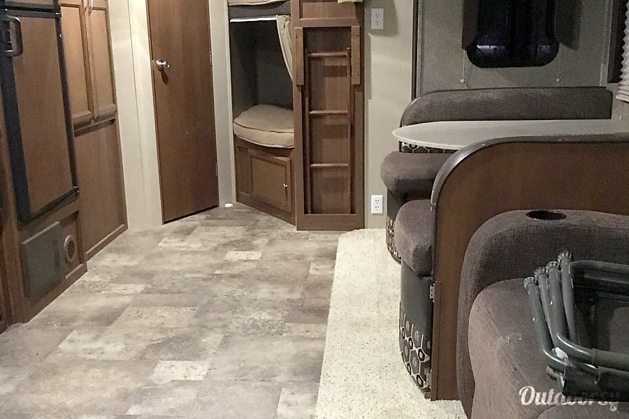 2015 Coachmen Freedom Express 282 BHDS San Antonio, TX Living, dining areas that convert to full size beds and bunk beds in rear.