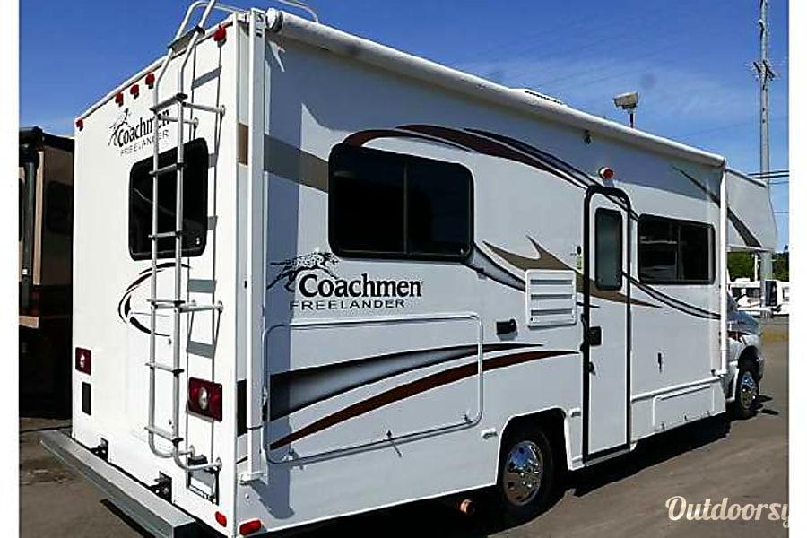 exterior 2014 Coachmen Freelander Menifee, CA
