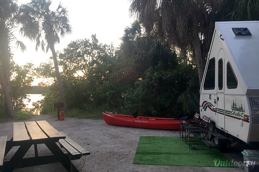 Gypsy 'Chalet' - FREE DELIVERY to Fort DeSoto Campground Gulfport, FL