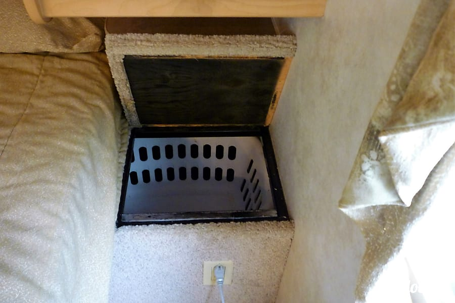 interior 2006 Aerolite Travel Trailer Mechanicsville, MD