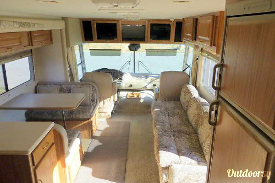 Vacation home on wheels :) Lakeside, CA