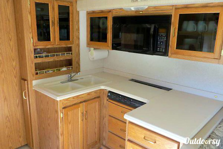 interior Vacation home on wheels :) Lakeside, CA