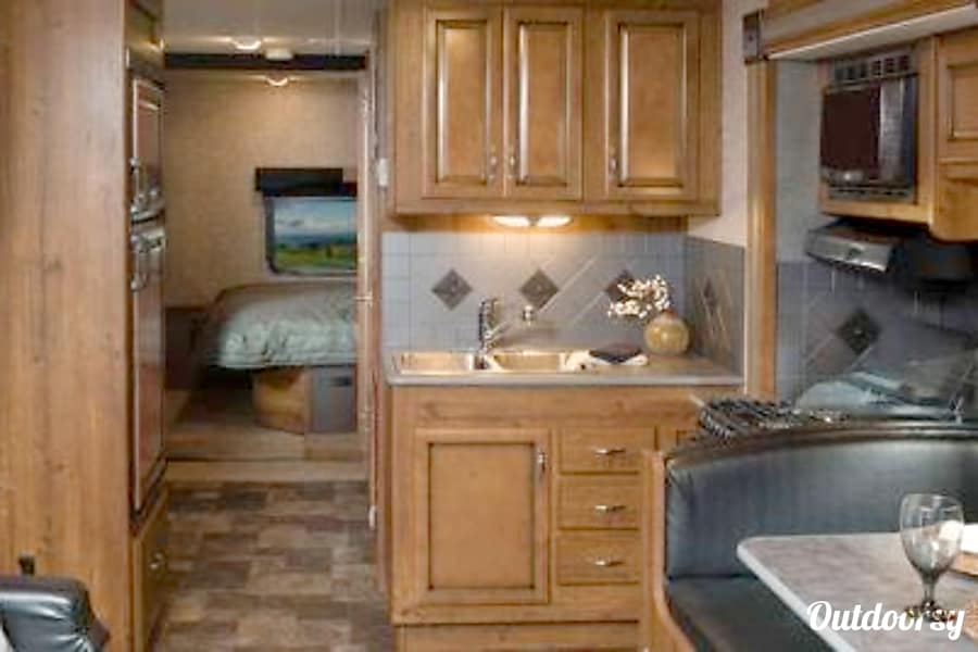 32' Storm w/Two Slides & Bunk Beds (44) San Marcos, CA Galley Looking Aft