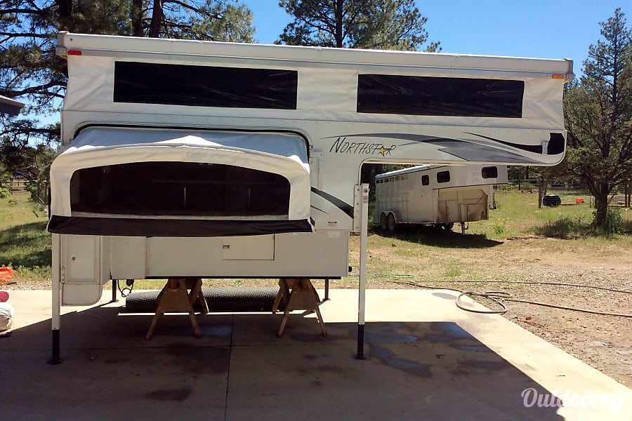 "Truck Camper ""Canyon"" Fully Outfitted+Solar! Keizer, Oregon"