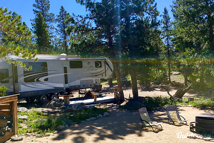 exterior 2015 Rv Camper Open Range: Does NOT move from this awesome campsite. Black Hawk, CO
