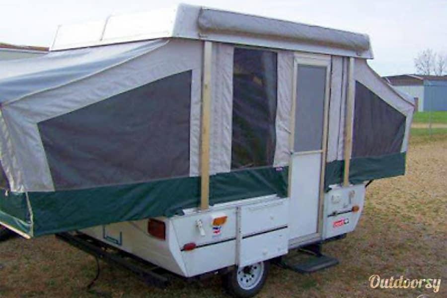 exterior 1996 Coleman Taos Goleta, CA