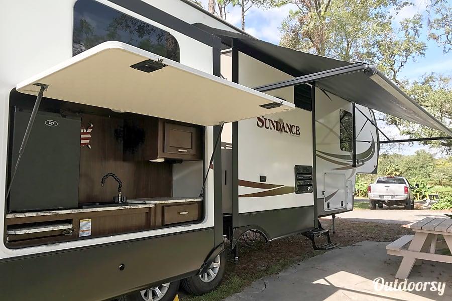 Disney Family Trip Set-Up!!! 2017 Heartland Sundance Lake Buena Vista, Florida