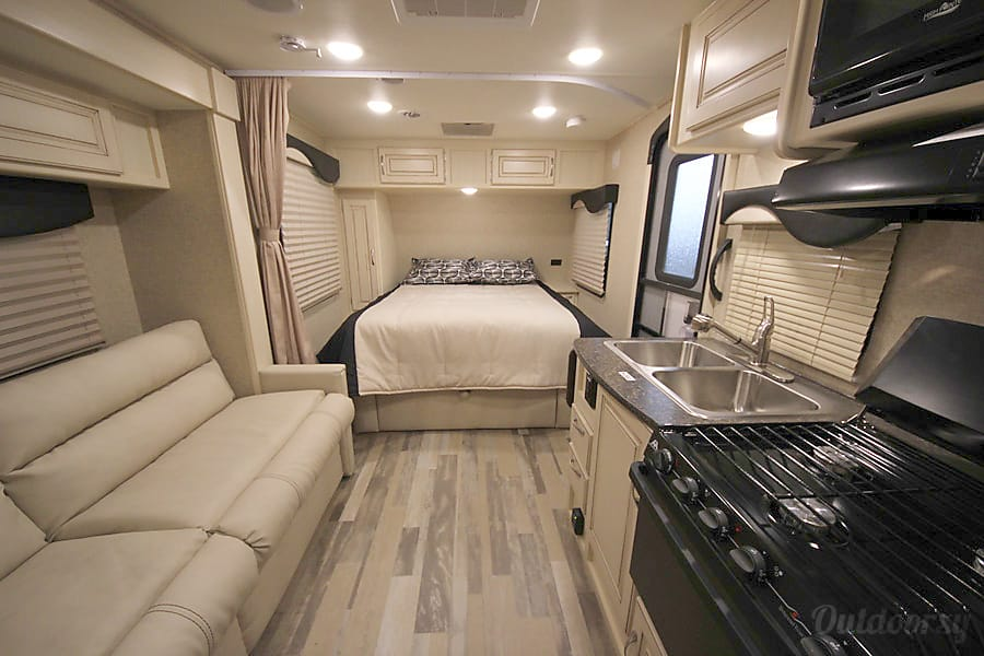 interior 2017 Winnebago Micro Minnie Denver, CO
