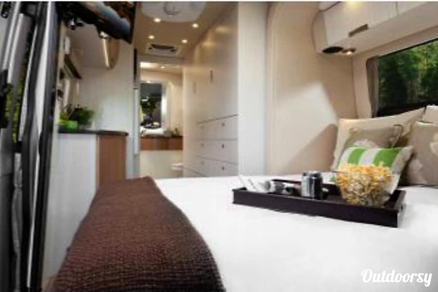 interior 2013 Leisure Travel Free Spirit SS Henderson, NV