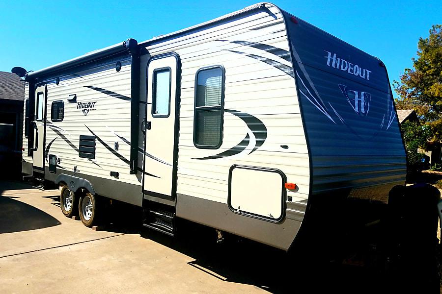exterior Hudson Hideout! Glendale, Arizona
