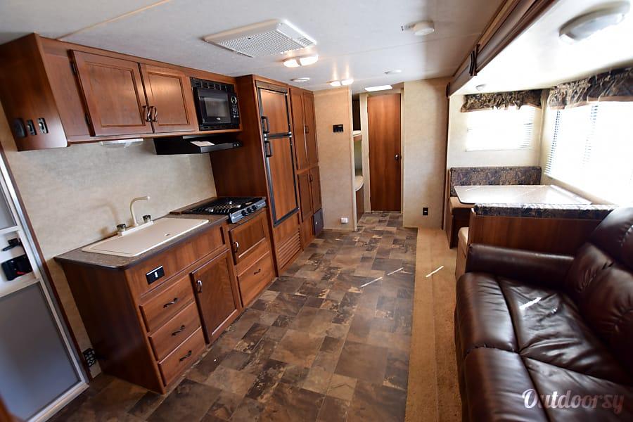 interior 2014 26' Primetime Avenger - Bunks Panama City, FL