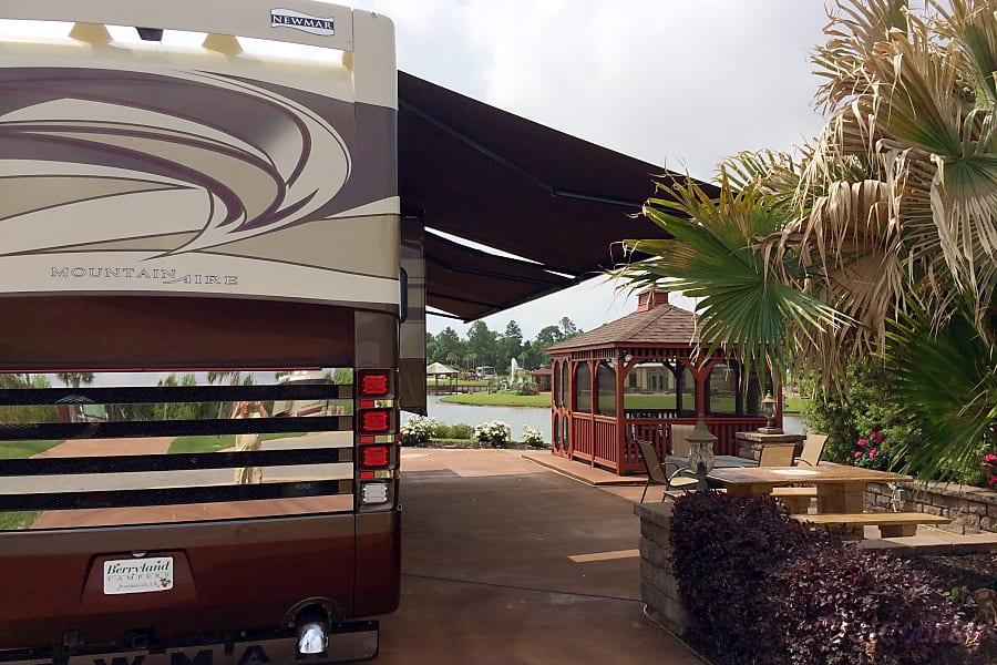 exterior 2014 Newmar Mountain Aire Abita Springs, Louisiana