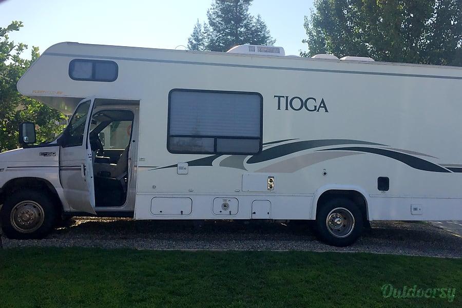 2001 Ford Coachman 450 Madera, CA