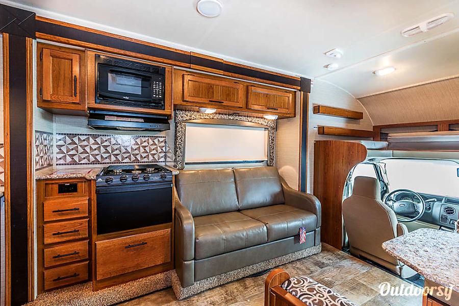 interior M'arvey WAYTOGO Jayco 2017 Redhawk Boerne, TX