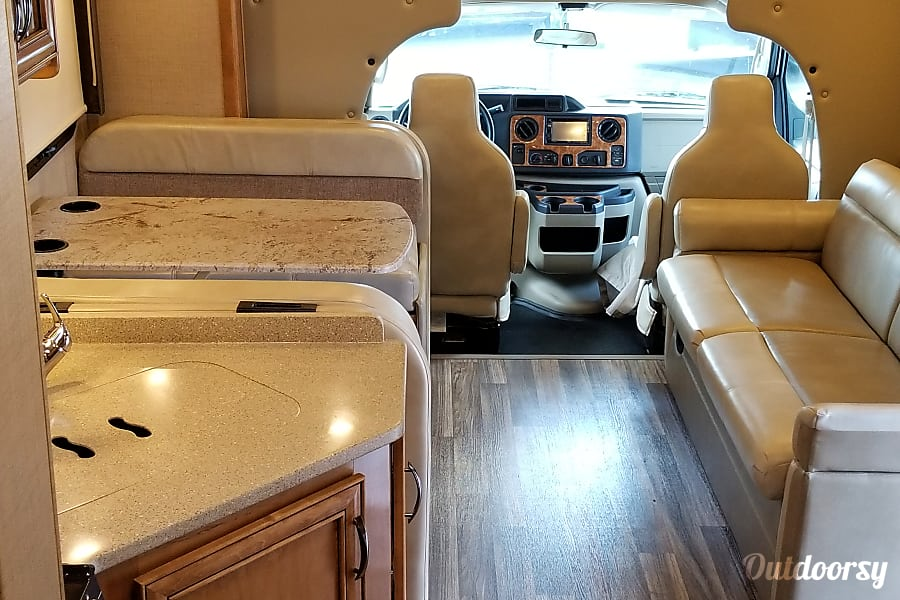 2017 Quantum LF31 (The Queen) Marietta, GA Luxury interior
