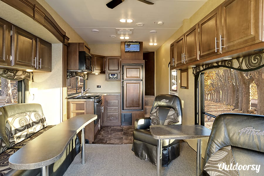 interior 2014 Eclipse Recreational Vehicles Attitude Anaheim, CA