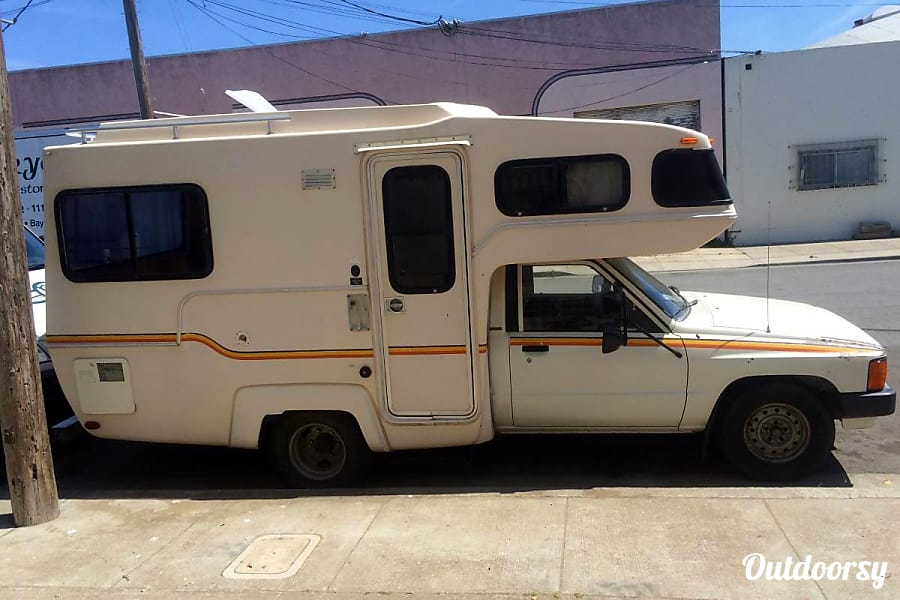 exterior The Egg: an RV so small it fits in a parking spot San Francisco, CA