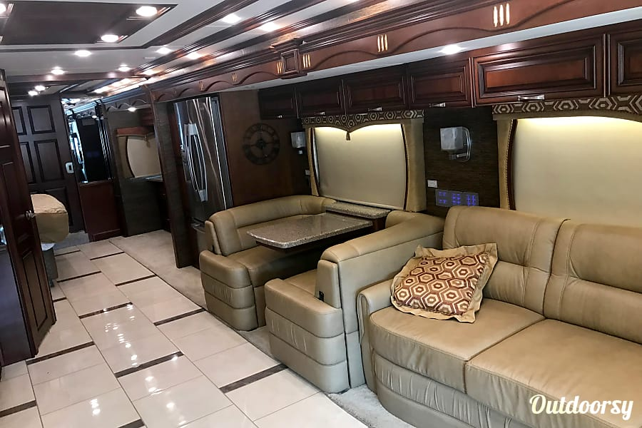 2014 Newmar Mountain Aire Abita Springs, Louisiana Pull out sofa bed, with automatic air pump attached for easy setup.