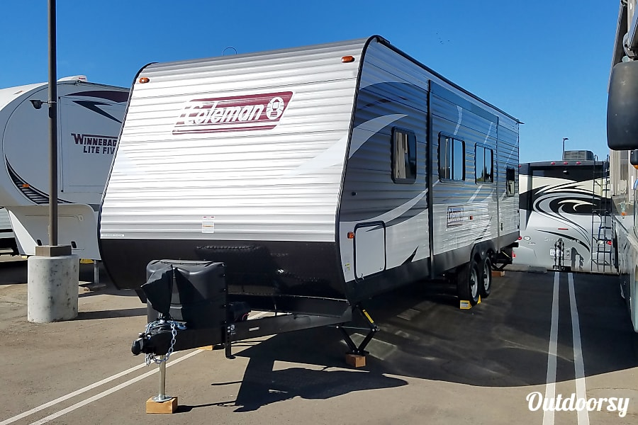 2018 coleman 263bhe trailer rental in oxnard ca outdoorsy glamping with coleman oxnard solutioingenieria Gallery