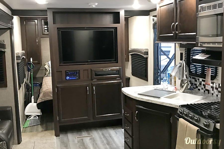 2018 Jayco Jay Flight 32tsbh Trailer Rental In Lake Buena