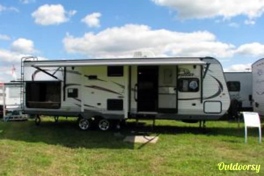 exterior 2015 Jayco Jay Flight 28RBDS ($98 to $83.30 per day)  w/Outdoor Kitchen Whetstone, AZ