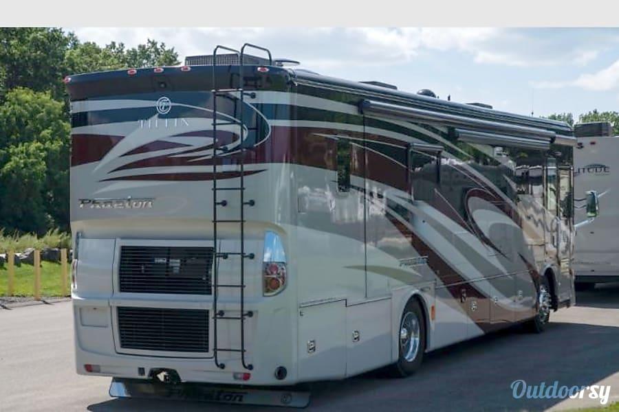 2018 Tiffin Motorhomes Phaeton Del Monte Forest, CA
