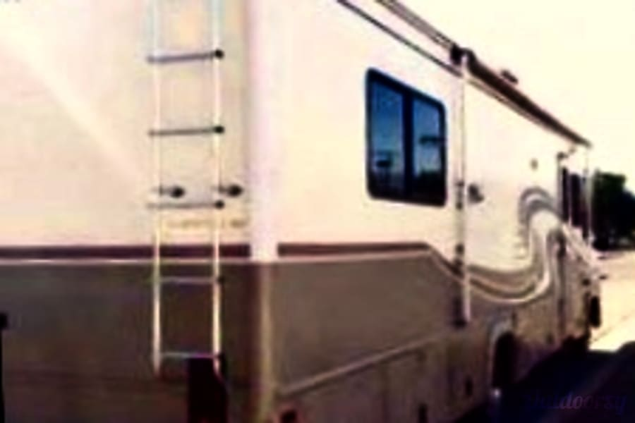 exterior 2000 Fleetwood Storm Ivins, UT