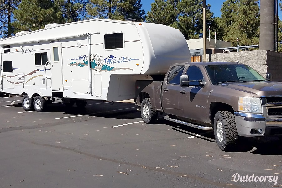 2005 Forest River Wildcat Flagstaff, Arizona Camper will be delivered to your specified location , set up and ready for your arrival!
