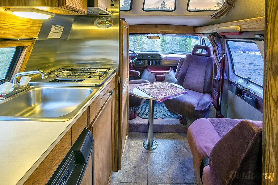 1993 Roadtrek 190 Popular Breckenridge, Colorado Seating and seatbelts for 3.