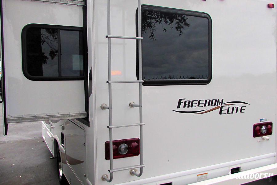 2016 Thor Motor Coach Freedom Elite Jacksonville, Fl