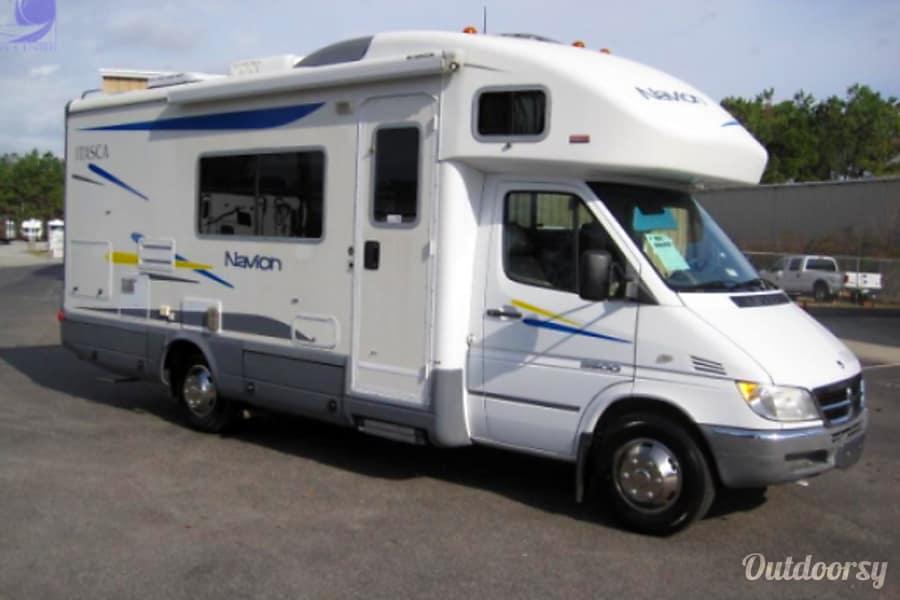 exterior Sprinter Navion 796790 Walnut, CA