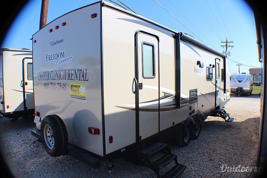 exterior 2018 Coachmen Freedom Express Buda, TX