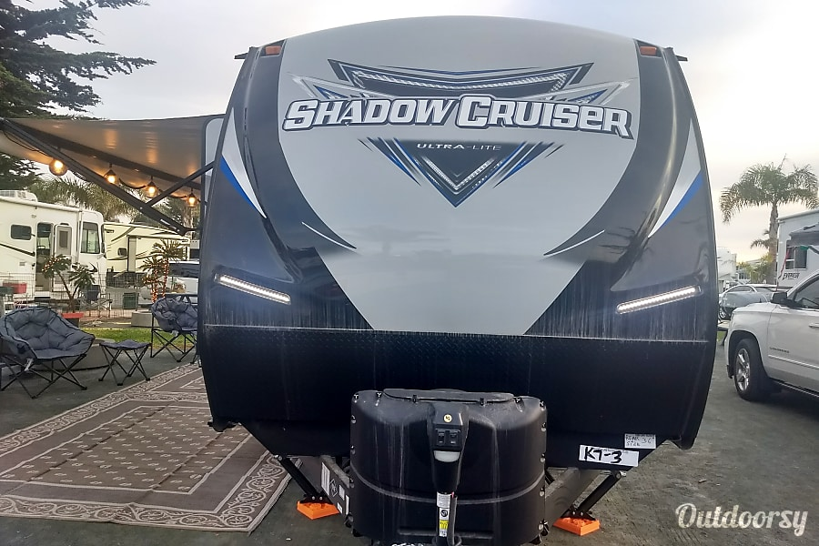 2018 Shadow Cruiser Luxury RV Rental Pismo Beach, CA