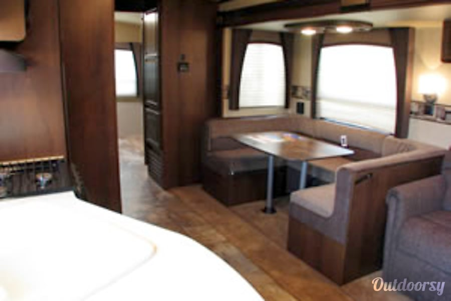 interior 2015 Jayco Eagle 314 BDS Burlington, KY