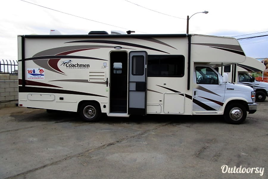 exterior 2016 Forest River Coachman 26RS Lancaster, CA