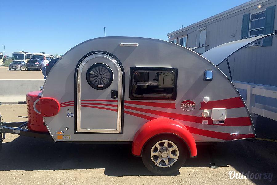 exterior RUBY - T@G Max Teardrop Denver, CO