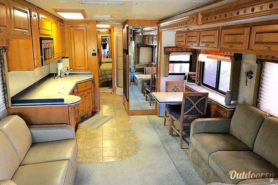 interior 2006 Holiday Rambler Scepter Mansfield, TX