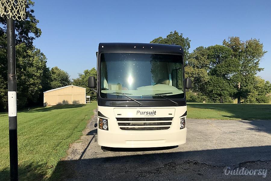 2017 Coachmen Pursuit 33BH Owensboro, KY