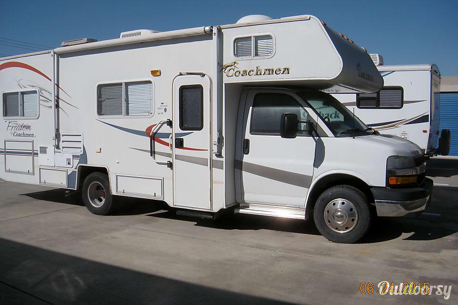 exterior 2005 Coachmen Freelander Pleasanton, CA