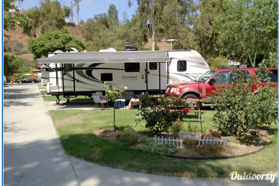 interior 2014 Keystone Grand Touring Passport Ultra Lite Santa Ana, CA