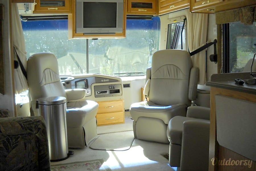 interior 2004 Monaco Knight Royal Oaks, CA