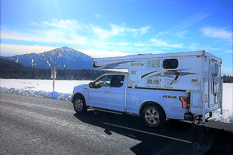 "Truck Camper ""Canyon"" Fully Outfitted, Unlimited miles+Solar! Keizer, OR"