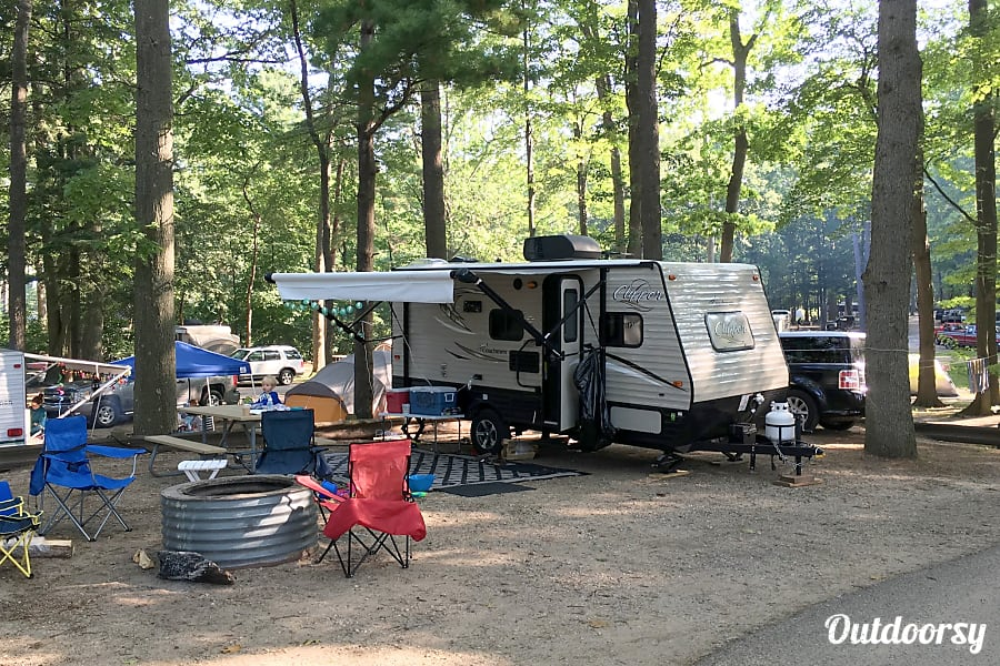 2018 Coachmen Clipper Trailer Rental In Ann Arbor Mi
