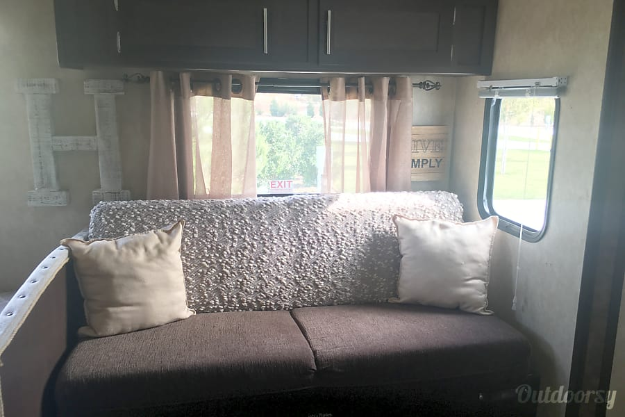 interior 2014 Forest River Evo T2850 Winchester, CA